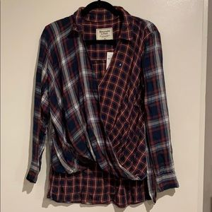 NWT Abercrombie & Fitch plaid wrap top, Size M